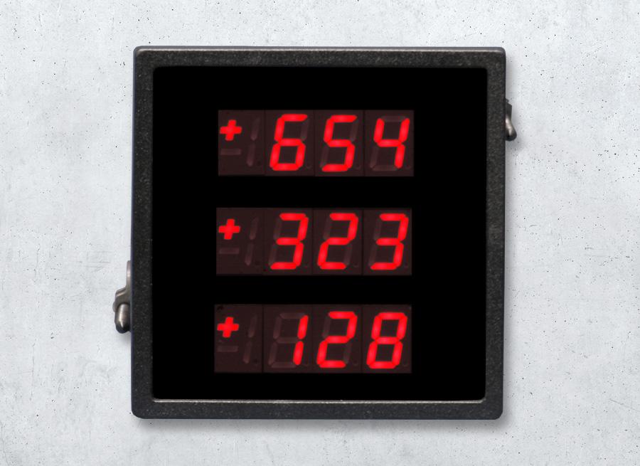 DSA13 LED-Einbauanzeige mit 3-fach-Digitalanzeige | dreizeilig